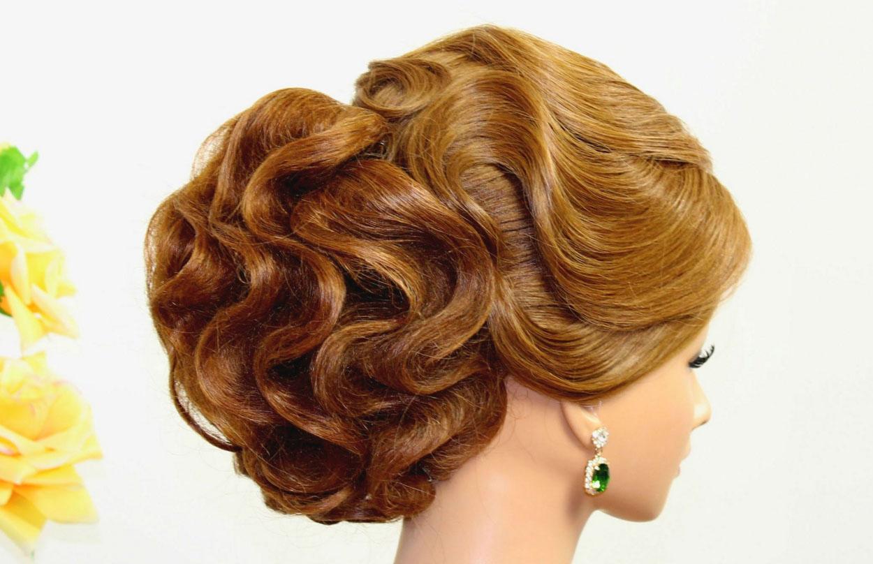 Прическа с сеточками на средние волосы
