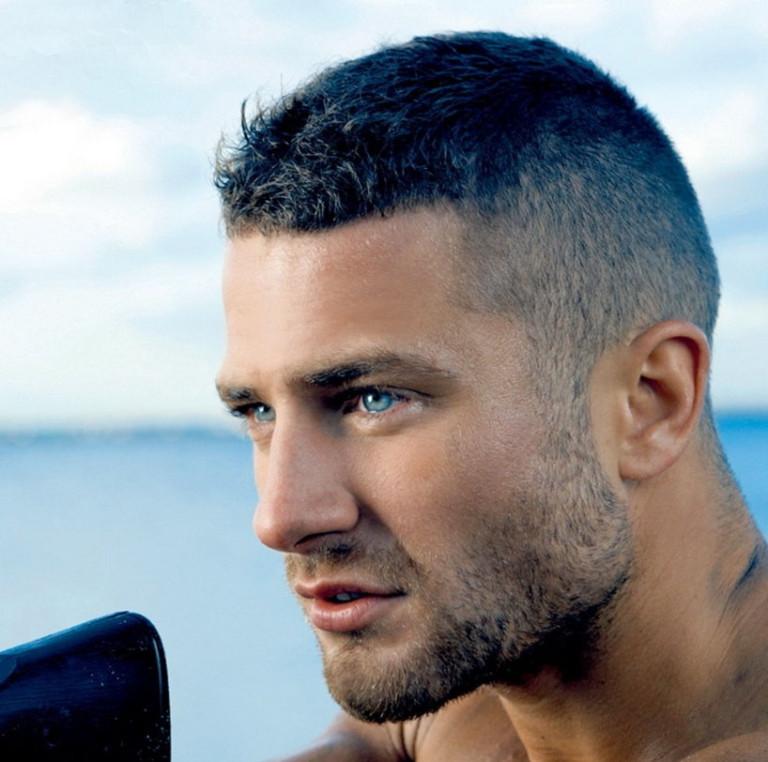 Причёска на короткие волосы мужская
