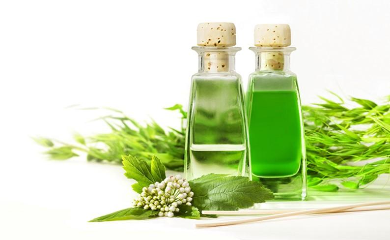 Жидкость зеленого цвета