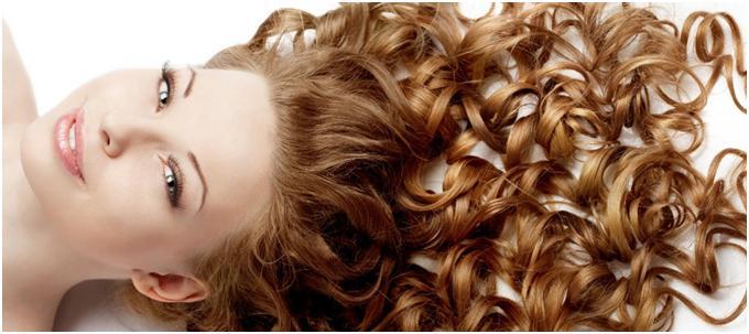 Завитые волосы