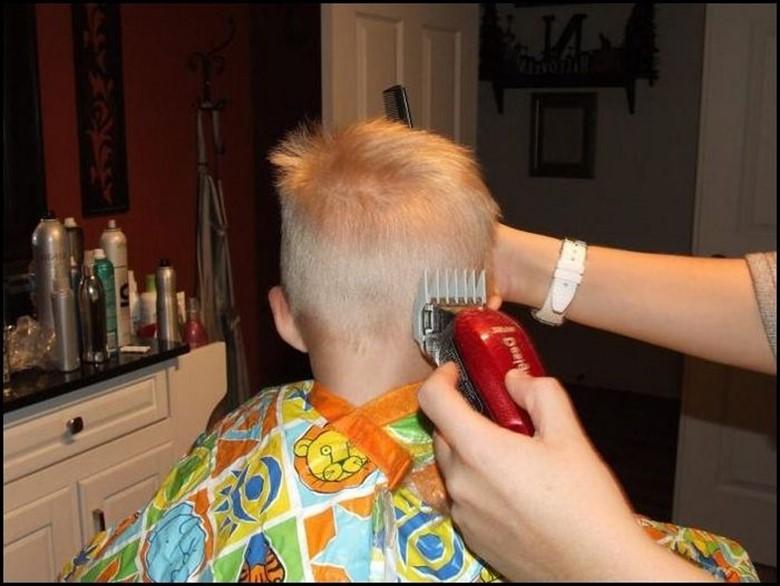 Как подстричь ребенка в домашних условиях машинкой мальчика