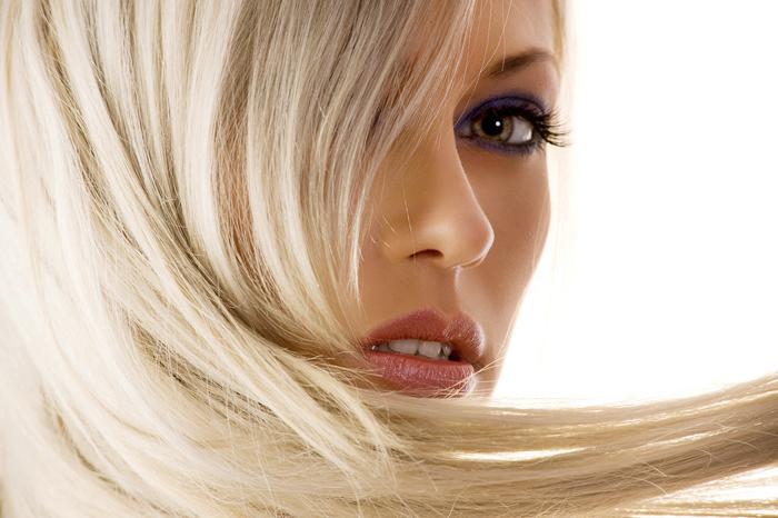 Крашеная блондинка