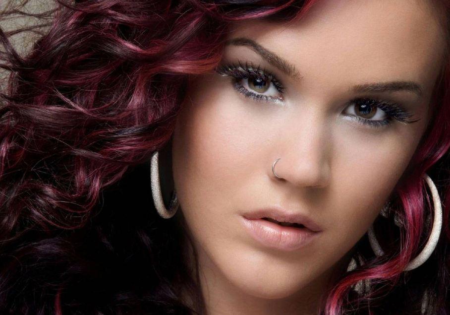 Вишневый цвет волос