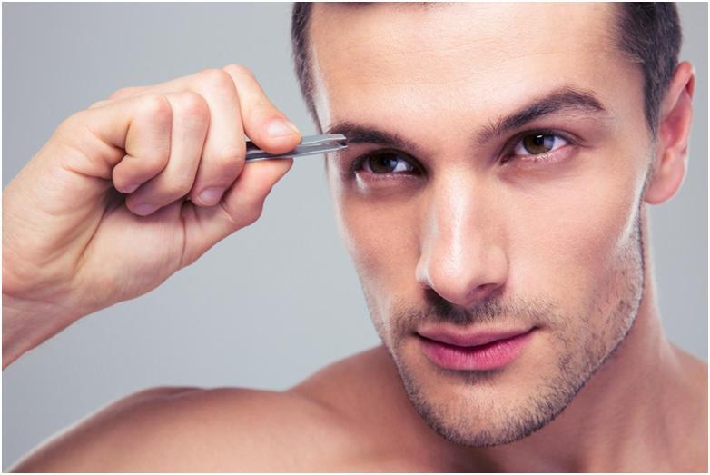 Коррекция мужских бровей