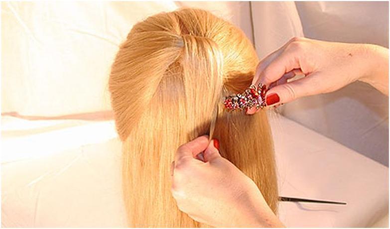 Под узлом красиво заколоть волосы сзади