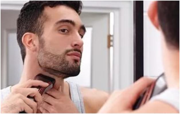 Выбритый участок кожи на щеках может быть различной формы и величины, в зависимости от размера волос на лице и его ширины