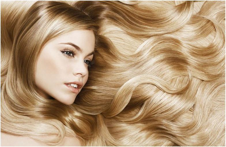Сегодня современная косметология предлагает множество различных лечебных процедур и препаратов, в том числе и жидкий кератин для волос