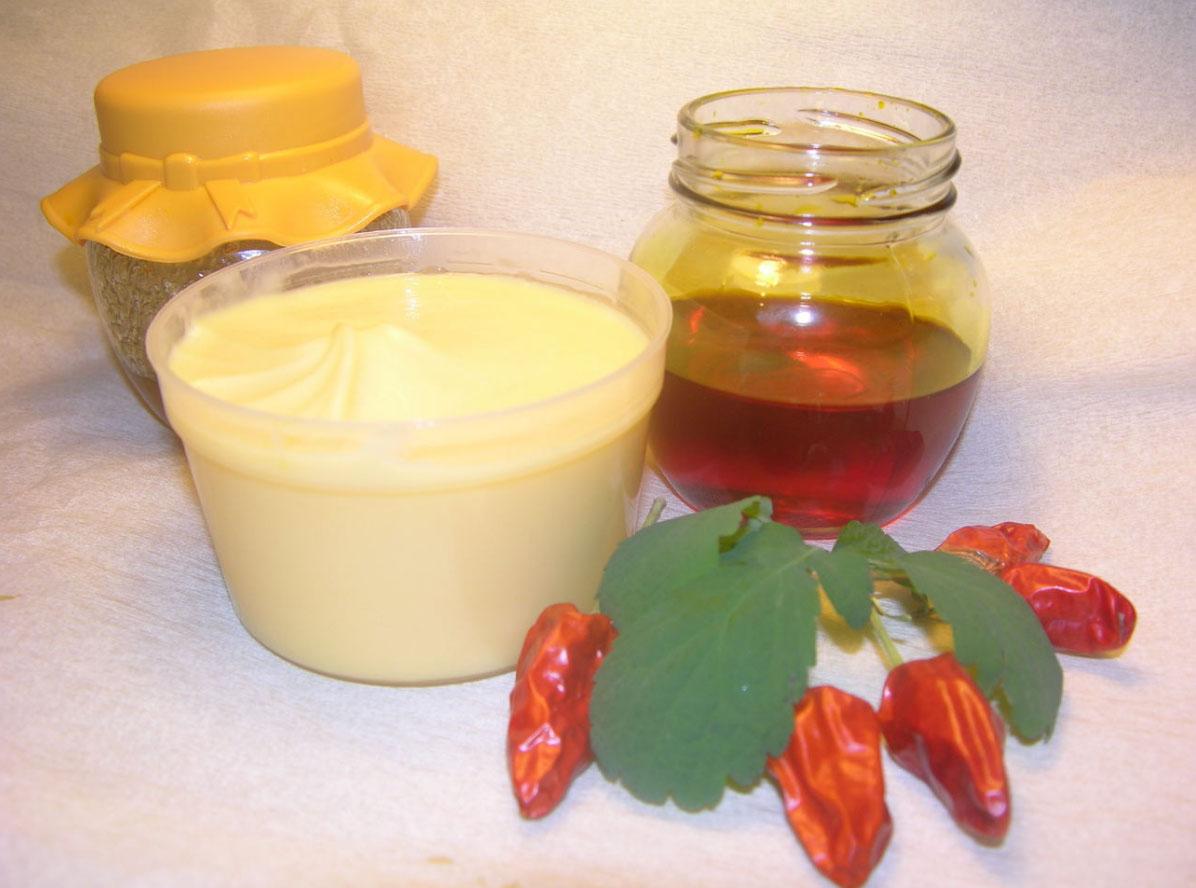 Маска с маслом репейника и медом