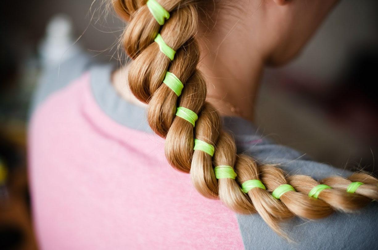 коса с ленточками