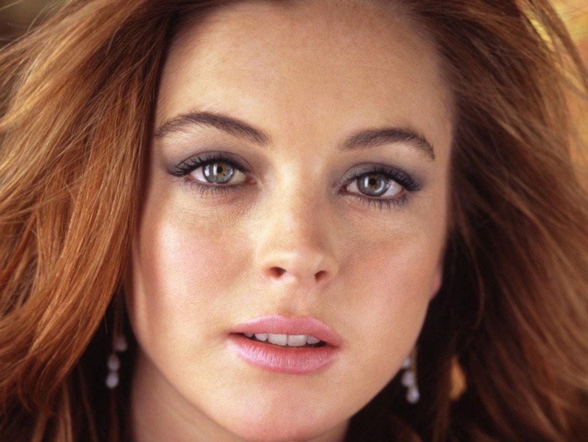 Цвет волос для серых глаз и светлой кожи с веснушками фото