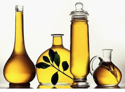 Льняное масло в банках