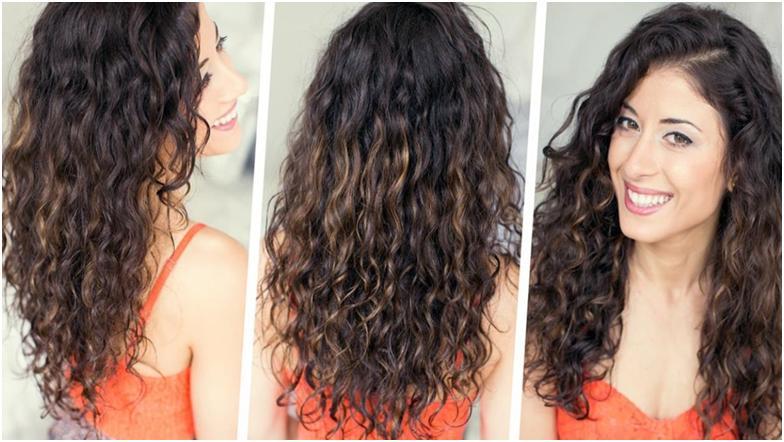 Темноволосая девушка с кудрявыми волосами