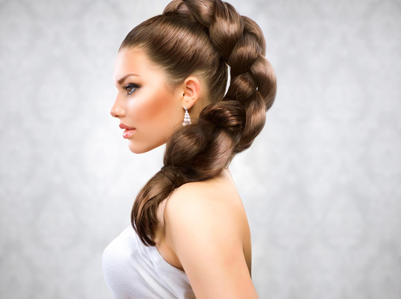 заброшенном колхозе вечерние прически косы на длинные волосы фото стоит снять ресторан