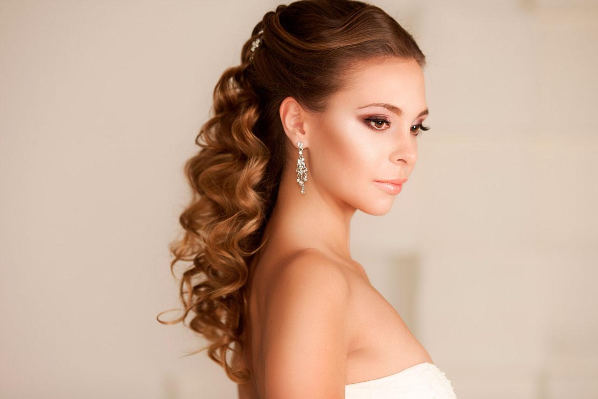 души красивые вечерние прически на длинные волосы фото славянке хорошо развита